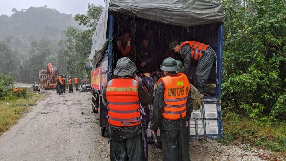 Tragedy compounded, landslide, buries, 13 rescue team members, 21-member rescue team,  national disaster,  flooding and landslides