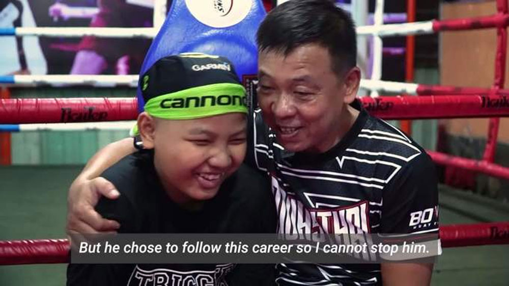 Tweenager pursues boxing dream amid cancer fight