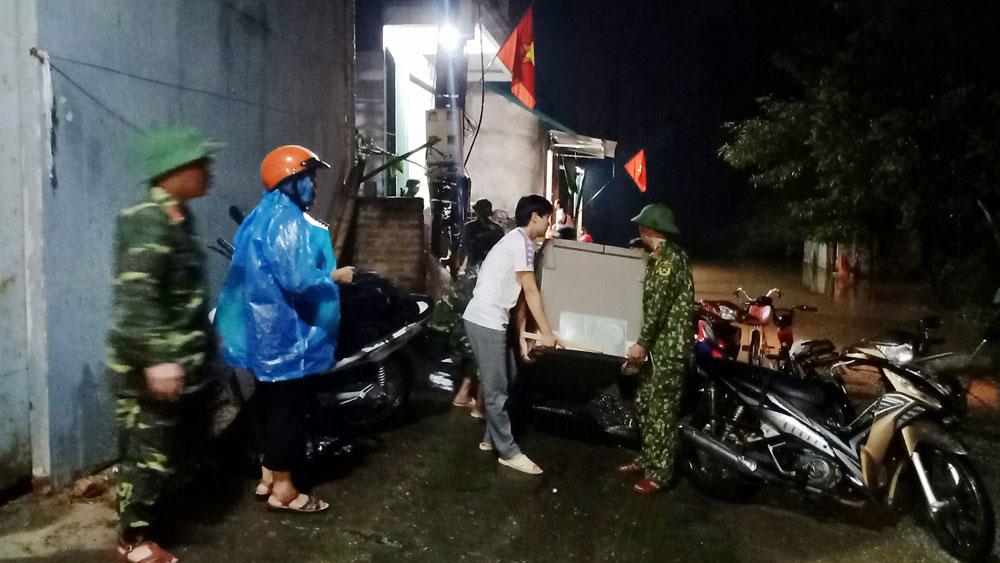 Sơn Động: Nhiều hộ dân phải di dời do nước lũ lên cao