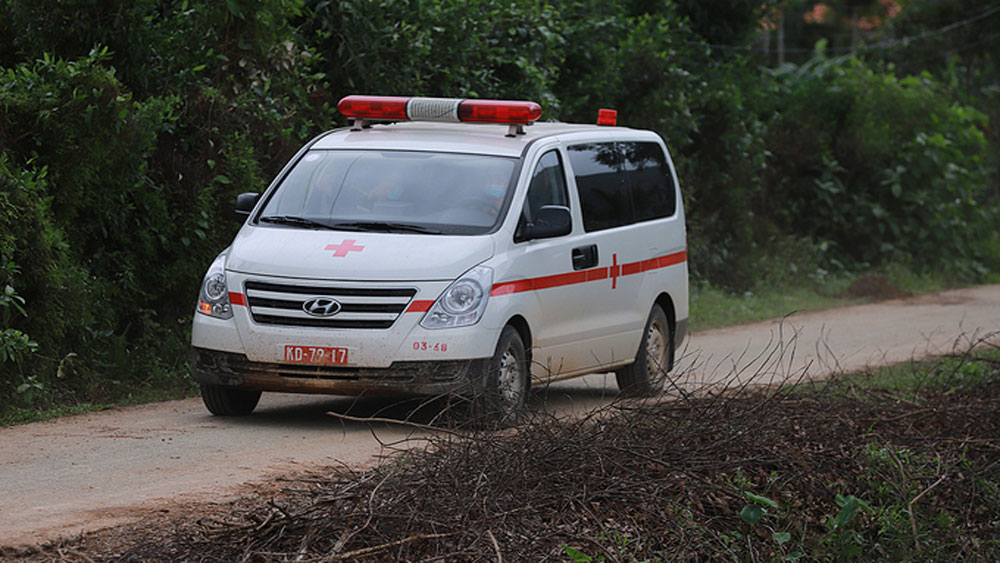 Bodies, 13 rescue team members, landslide rubble, Thua Thien Hue Province,  military officers, Vietnam People's Army, Rao Trang 3 hydropower plant