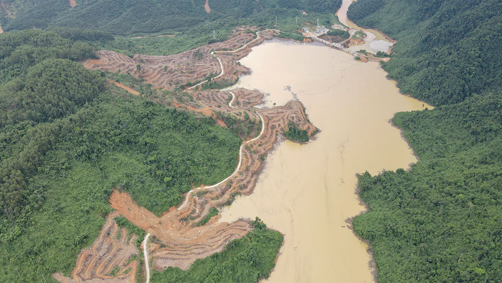Thermal camera, 15 remain missing, dam landslide, drone with a thermal imaging camera, Rao Trang 3 hydropower plant, second team
