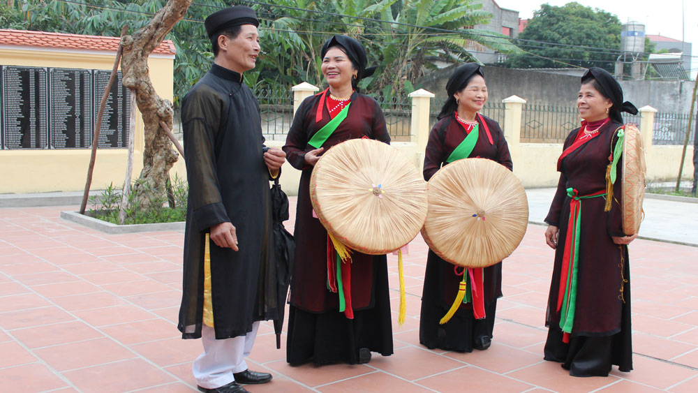 Quan ho artisans, special love for heritage, Quan ho melody, Bac Giang province, Viet Yen district, ancient Quan ho village, humanity heritage