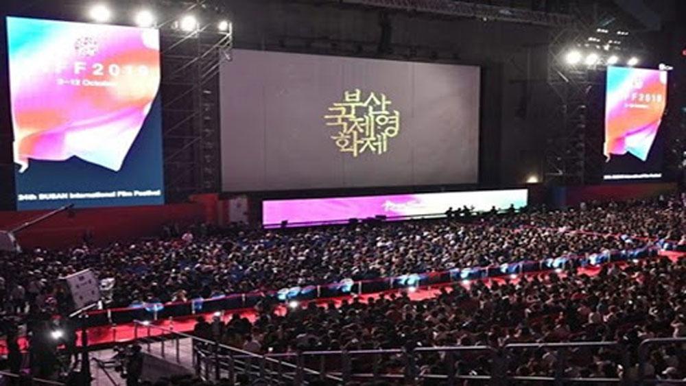 Khai mạc Liên hoan phim Busan giữa đại dịch Covid-19