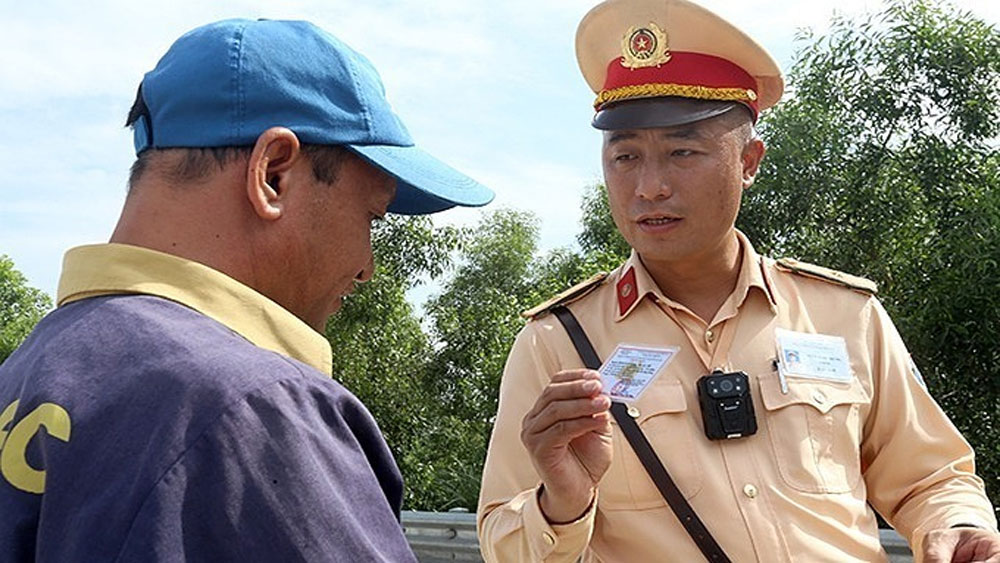 Traffic cops, cut street patrols, use cameras, surveillance cameras, Traffic police,  specific timeline, traffic accidents