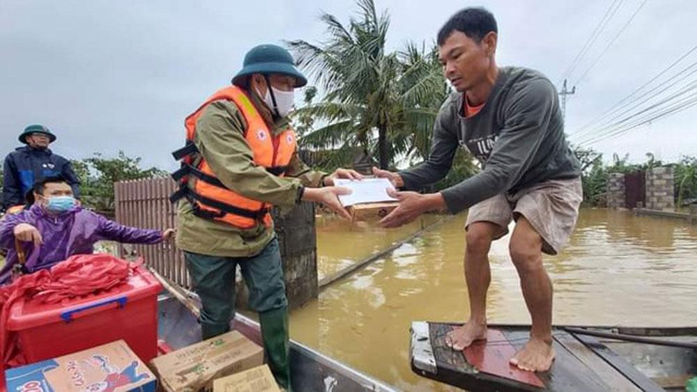 Hàng trăm đoàn thiện nguyện, hướng về, Quảng Bình, cứu trợ, người dân, vùng lũ