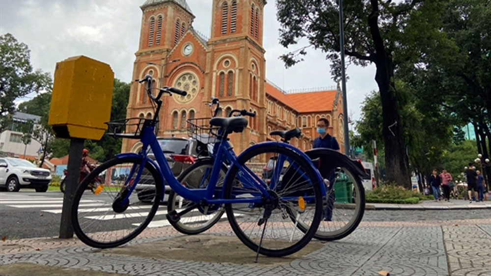 HCM City, public rental sites, bicycles for rent, passenger transport,  residents and tourists,  traffic congestion