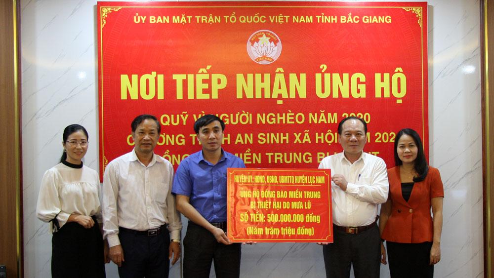 Bắc Giang: Hỗ trợ 5 tỷ đồng cho các tỉnh miền Trung bị thiên tai