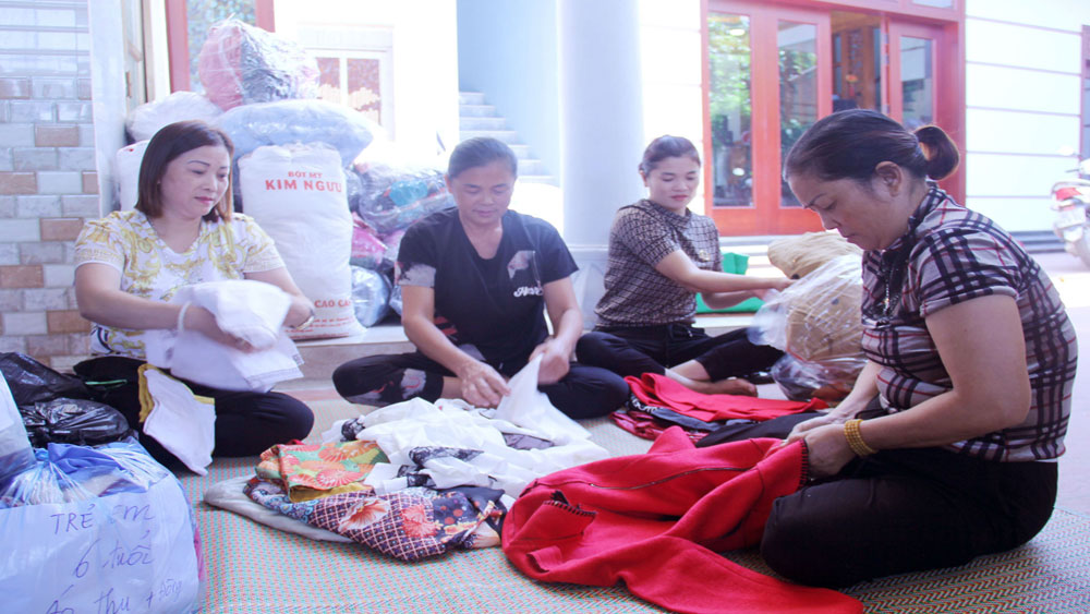 Bac Giang province, makes efforts, poor people, flood victims, central flood-hit areas, Peak Month for the Poor,  Social Security Programme