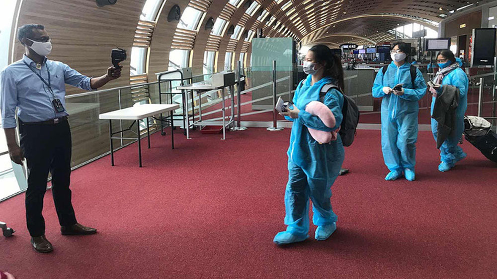 12 overseas returnees, Vietnam's Covid-19 tally, Covid-19 pandemic, imported case, no community infection