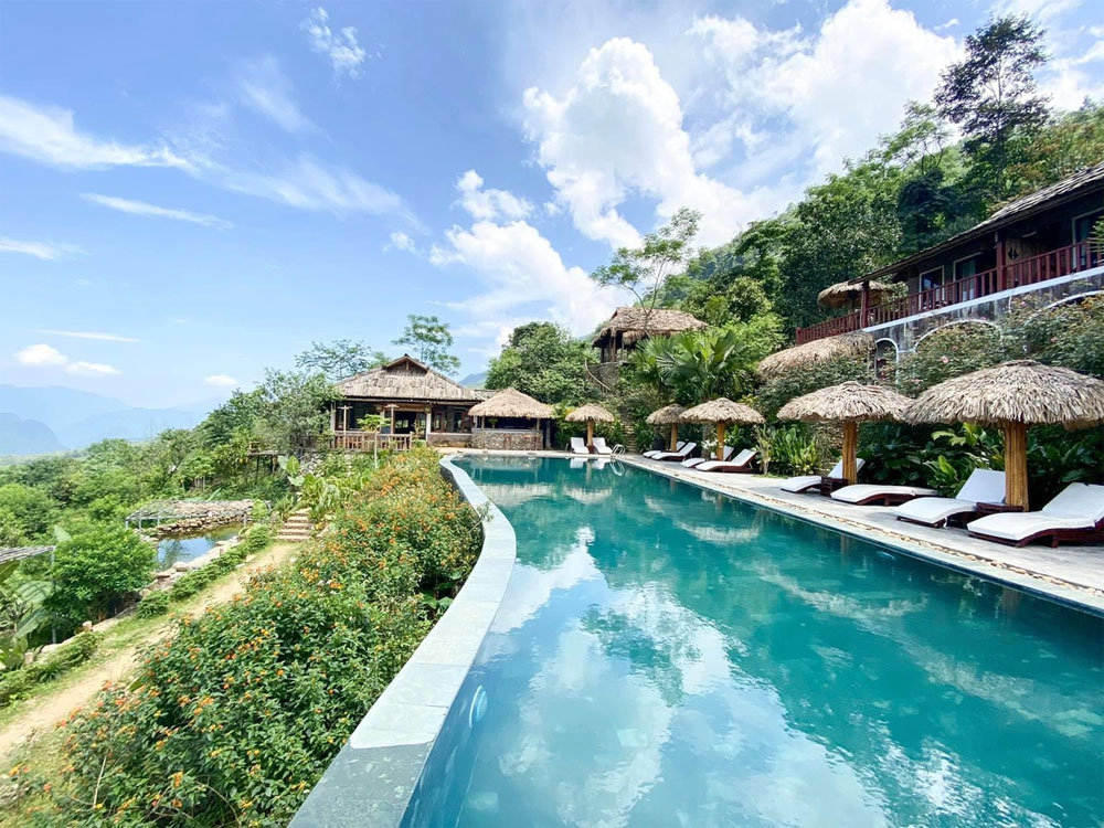 Resort to nature, Pu Luong national reserve, charms of terraced rice fields, top-notch resort stays, heart-shaped miniatures,