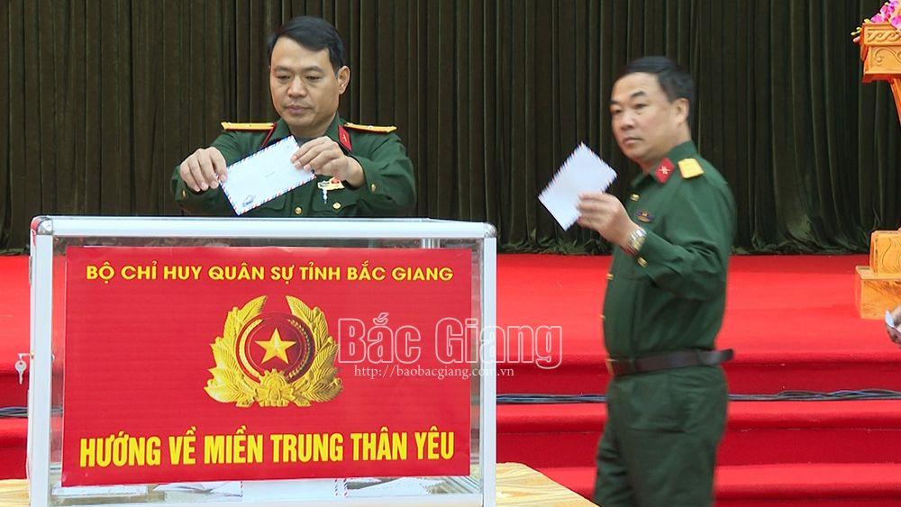 Bộ CHQS tỉnh Bắc Giang, ủng hộ đồng bào miền Trung, lũ lụt