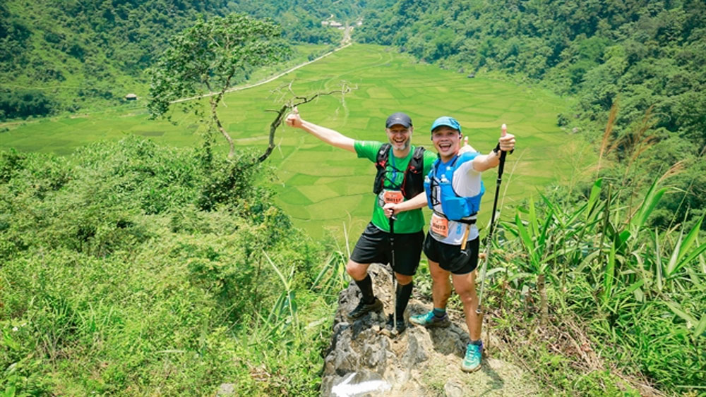 Records smashed, Vietnam Jungle Marathon, new course,  Vietnam-based runners, cooler weather, breaking the course record
