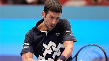 Djokovic thắng nhọc trận ra quân Erste Bank Open