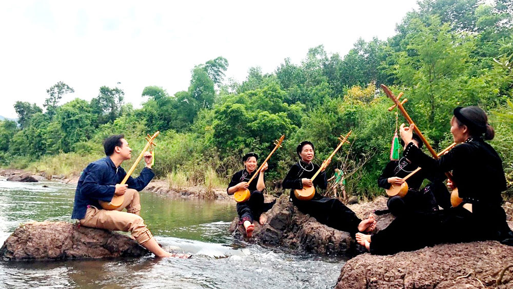 Bac Giang province, community based tourism, local people as master, various tourism products,  CBT model, travel lovers, Create mechanism and attraction, local unique cultural identities