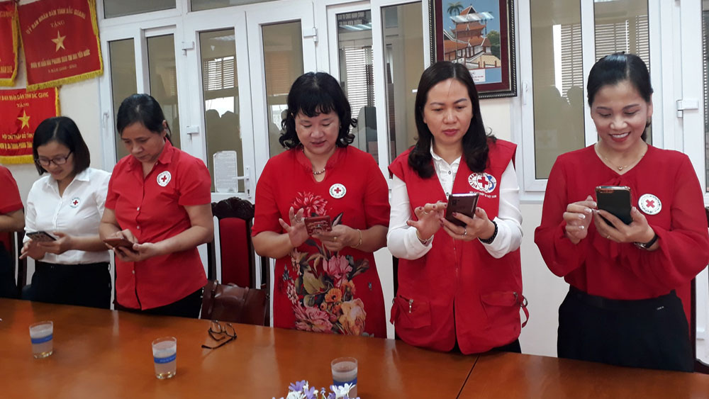 Bac Giang province receives more donations for flood victims in Central region