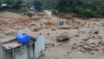 Another Quang Nam landslide kills one, leaves 10 missing