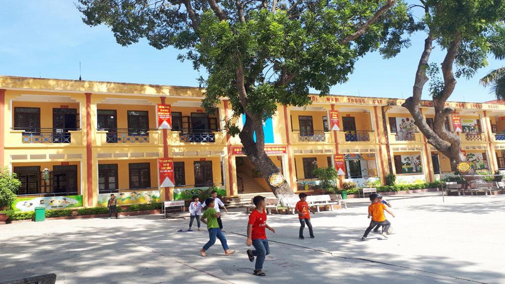 Trường Tiểu học thị trấn Tân An có thu các khoản đầu năm học trái quy định?