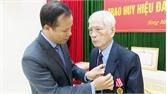 TP Bắc Giang: 89 đảng viên được nhận Huy hiệu Đảng