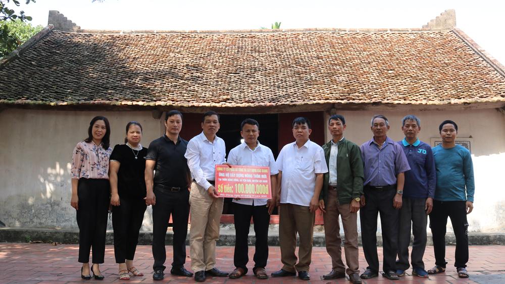 Hỗ trợ thôn Đống Vừng, xã Yên Sơn (Lục Nam) 100 triệu đồng xây dựng nông thôn mới