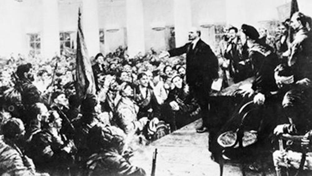 """""""Thuyết âm mưu"""" của những kẻ lật sử Cách mạng Tháng Mười"""