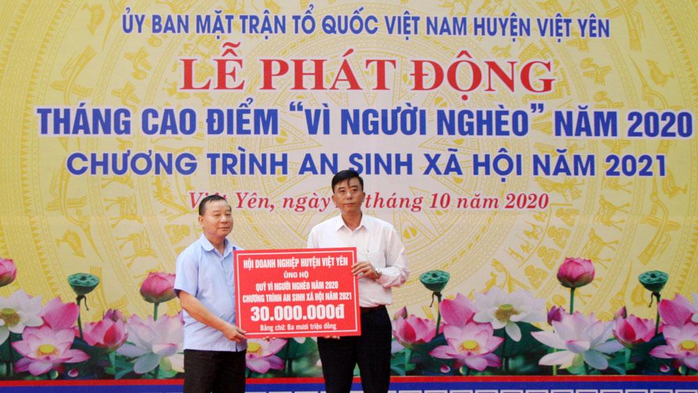 """Việt Yên: Hơn 1,3 tỷ đồng ủng hộ Quỹ """"Vì người nghèo"""""""