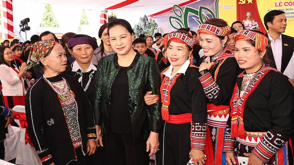 Top legislator, great national solidarity festival, Yen Bai province, Nguyen Thi Kim Ngan, unique new-style rural commune