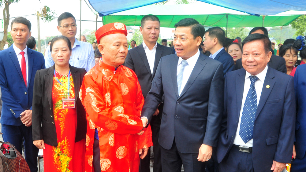 Bí thư Tỉnh ủy, Chủ tịch UBND tỉnh Dương Văn Thái: Xây dựng thôn Vân Chung thành miền quê đáng sống