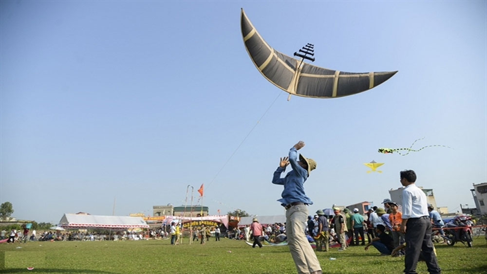 Kite flute festival, National Intangible Cultural Heritage, Sao Temple, Le dynasty, significant spiritual source, Sao Den Kite Festival