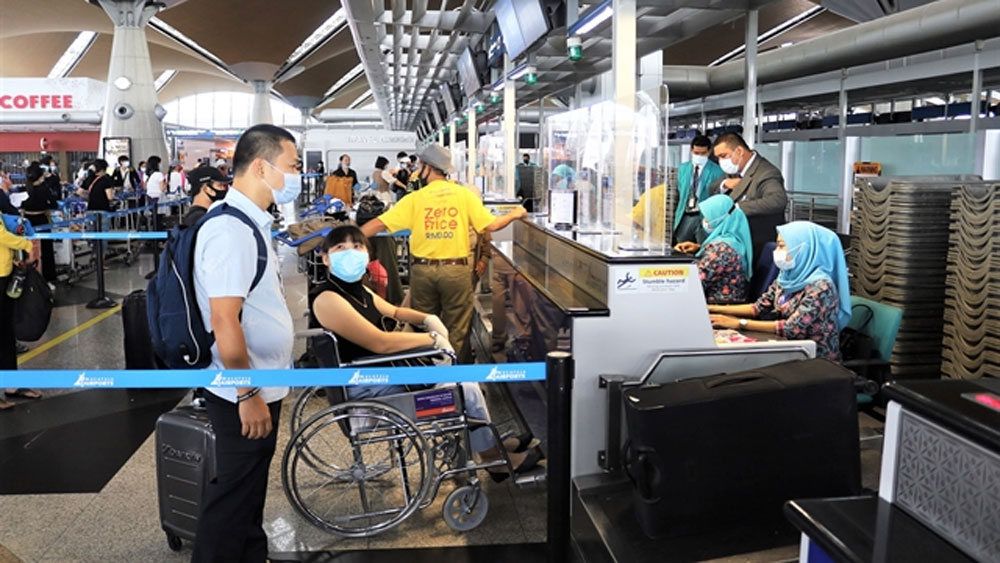 54 repatriation flights scheduled in November-December to bring back 17,000 Vietnamese citizens