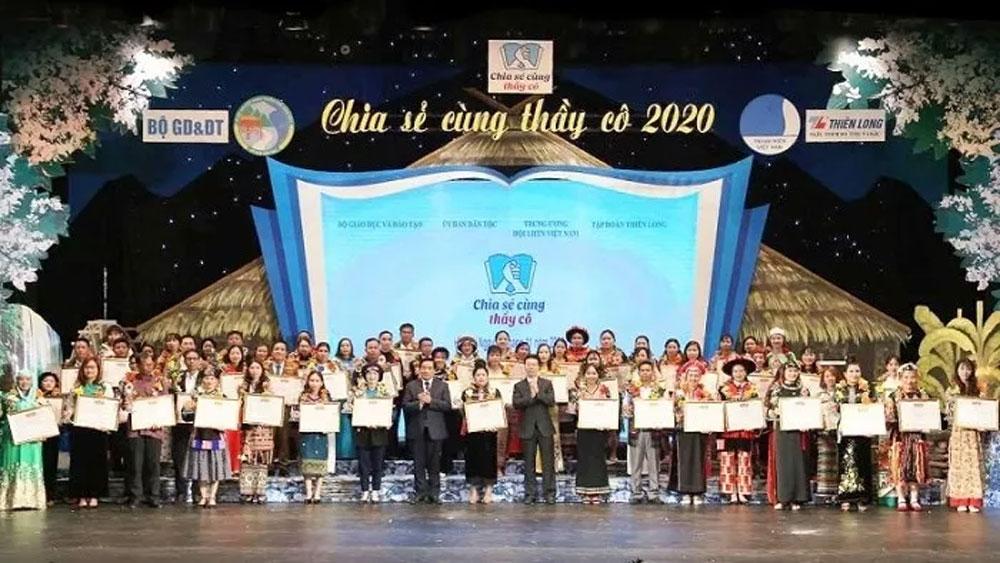 Programme honours outstanding ethnic teachers