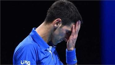 Djokovic thua nhanh Medvedev