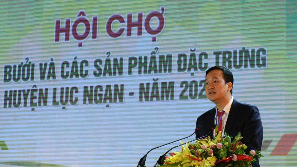 Phát biểu của Phó Chủ tịch UBND tỉnh Lê Ô Pích tại Hội chợ Cam, bưởi và các sản phẩm đặc trưng huyện Lục Ngạn