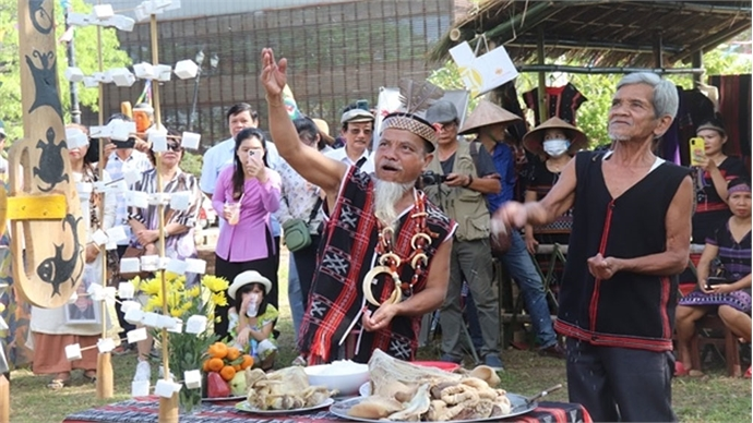Vietnam Cultural Heritage Day marked nationwide