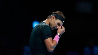 Nadal thua ngược Medvedev