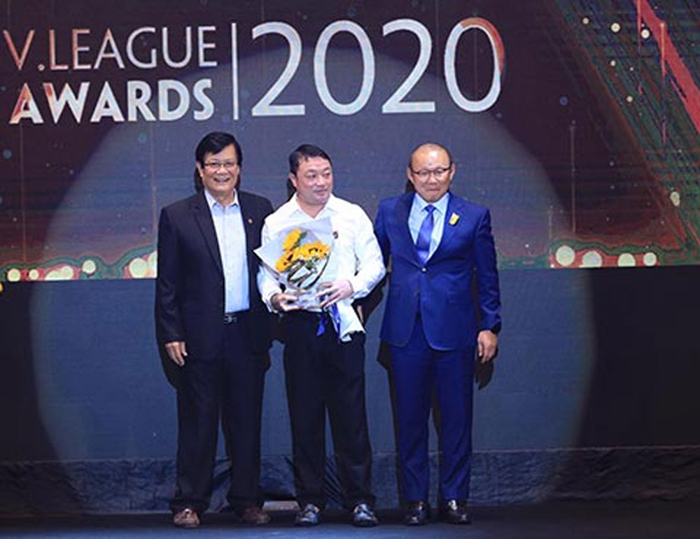 Nguyen Van Quyet, MVP, V.League 1-2020, Hanoi FC skipper, most valuable player, V.League Awards 2020, Vietnamese national team