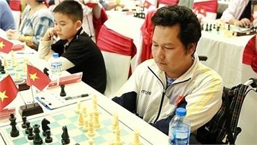 Kỳ thủ khuyết tật Việt Nam thắng cựu vô địch thế giới