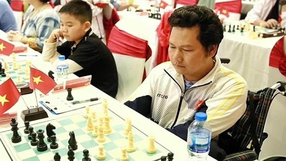 Vietnamese player beats former world champion in Chess Olympiad for people with disabilities