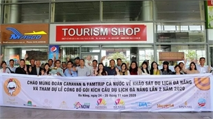Nearly 100 travel agencies survey popular locations in Da Nang