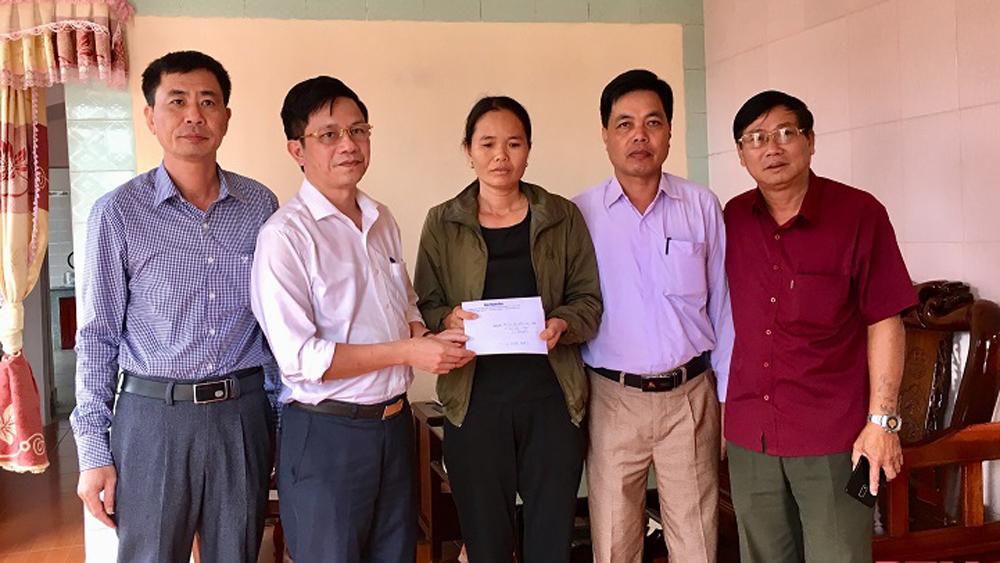 Báo Bắc Giang phối hợp hỗ trợ gia đình công nhân mất tích tại Thủy điện Rào Trăng 3