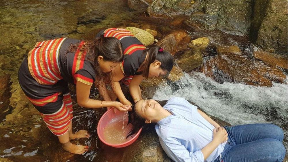 Vietnam's four top community-based tourism villages