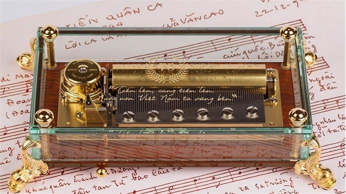 Vietnam' national anthem featured on Swiss music box