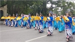 "Hundreds parade in Hanoi to show off beauty of ""Ao Dai"""