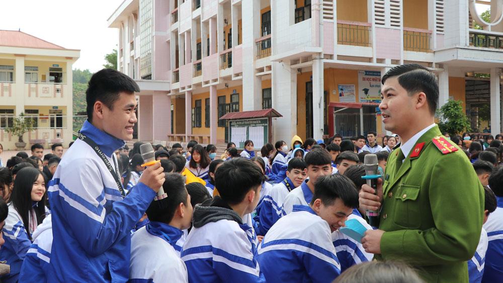 Lục Ngạn: Tuyên truyền pháp luật về phòng ngừa bạo lực học đường, xuất cảnh trái phép