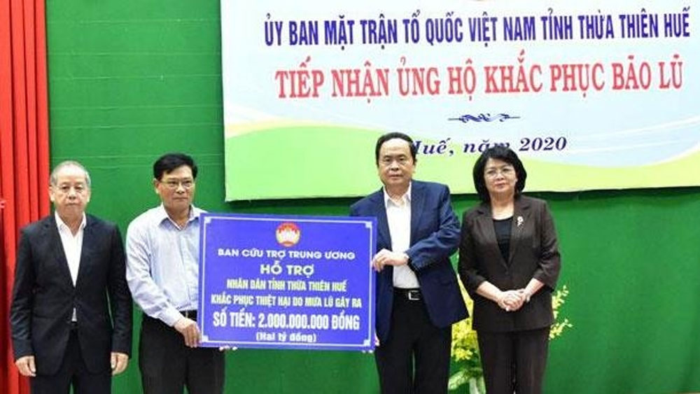 Further aid packages, flood-hit residents, Thua Thien Hue, storms and flood, stabilise their lives, Rao Trang 3 hydropower plant