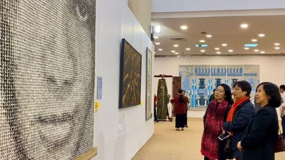 Vietnam Fine Arts Exhibition 2020 opens