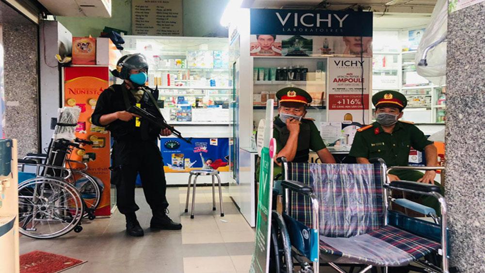 Công an đồng loạt khám xét công ty, nhà thuốc tây lớn ở Đồng Nai