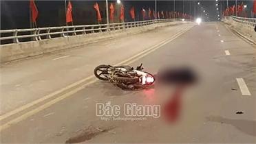 Bắc Giang: Va chạm với xe bồn, một người tử vong