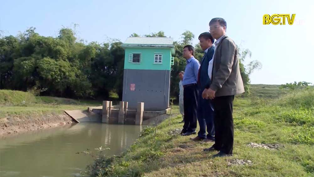 Việt Yên dừng sử dụng nước tại sông Cầu