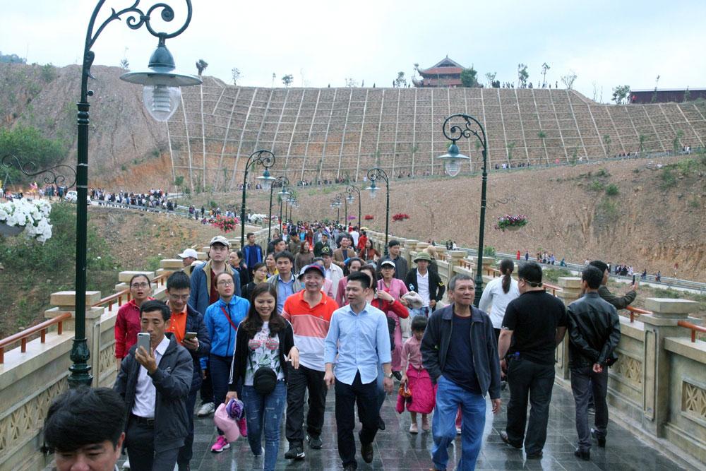 Khu du lịch tâm linh- sinh thái Tây Yên Tử, điểm đến của nhiều du khách.
