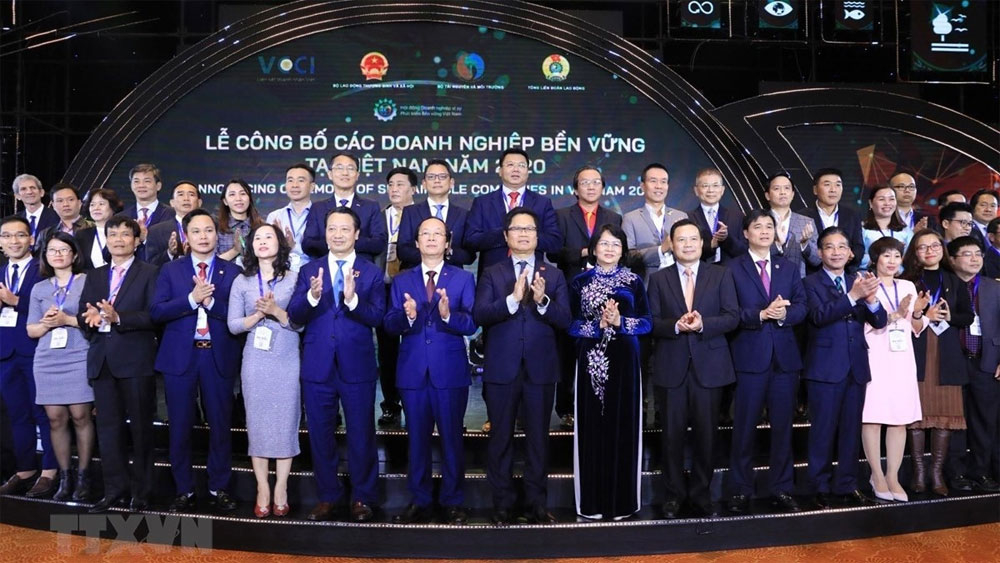 Vietnam announces top 100 sustainable enterprises